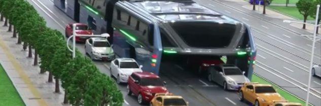 Dalla Cina il bus sopraelevato per sconfiggere il traffico