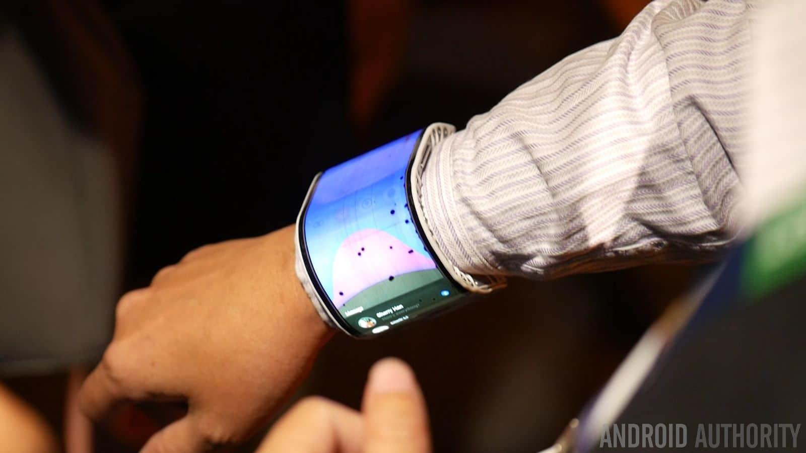 Smartphone pieghevole by Lenovo