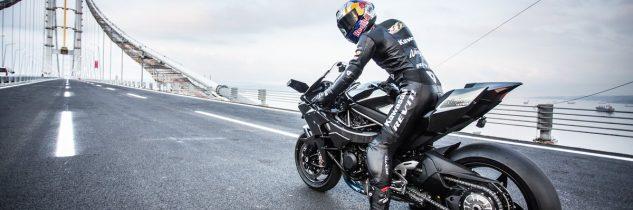 Moto a 400 km/h: nuovo record per la Ninja H2R